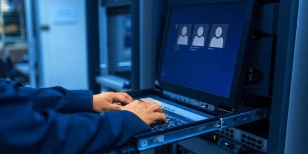 Qui maintient votre Système d'Information durant vos vacances ?
