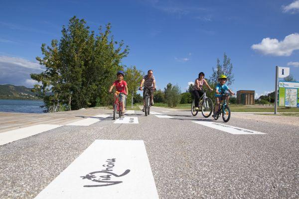 La viarhona, itinéraire cyclable le long du Rhône