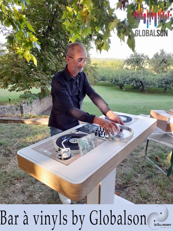 Bar à Vinyls By Globalson