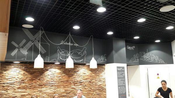Enseigne pour restaurant en centre commercial