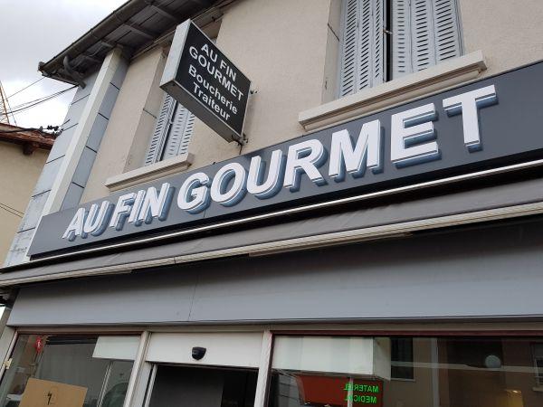 Enseigne lumineuse pour une boucherie à Lyon