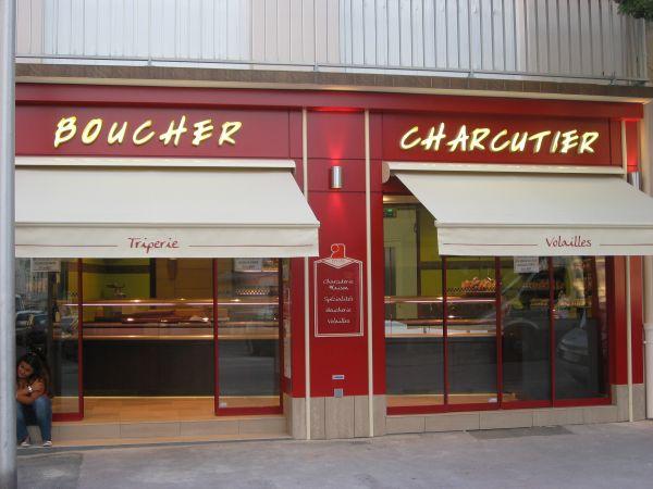 Habillage de façade pour boucherie Lyon