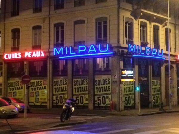 Enseigne néons pour magasins Lyon presqu'île