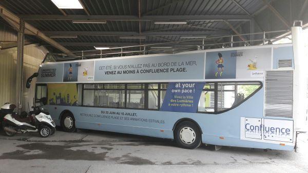 Décor complet bus double étage Lyon