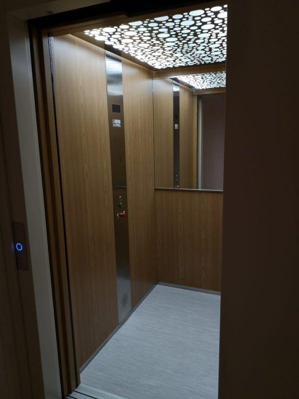 Ascenseur maison 2 niveaux    EVA ASCENSEUR