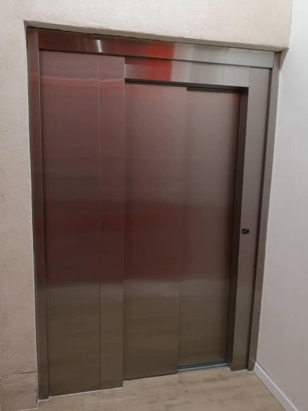 Ascenseur collectif de 3 niveaux