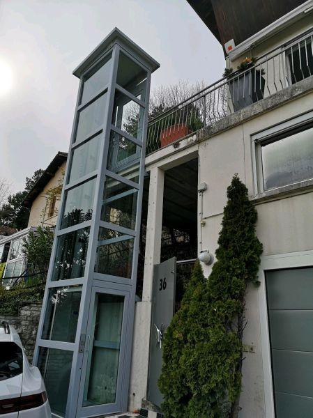 Ascenseur de maison sur pylône extérieur | EVA ASCENSEUR
