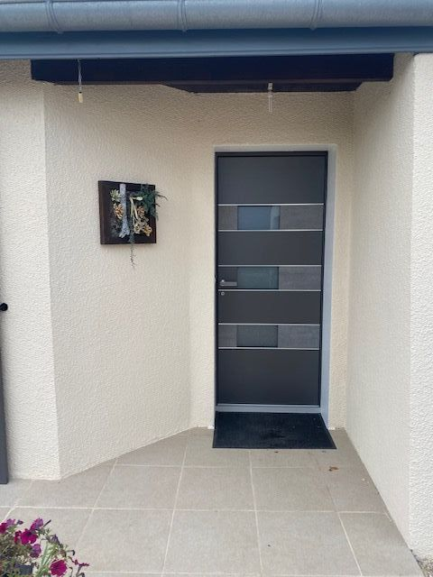 Installation d'une porte d'entrée