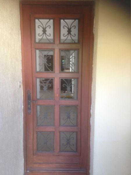 Remplacement d'une porte d'entrée en bois