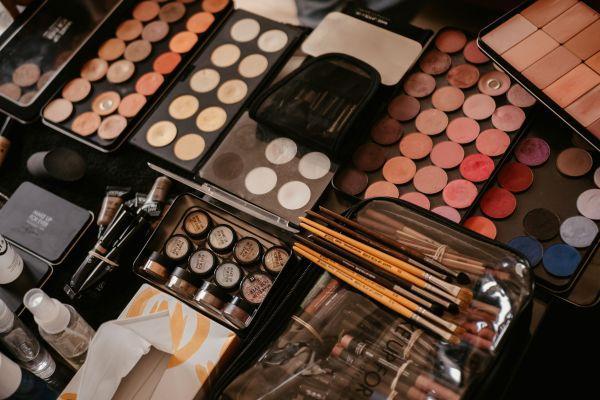 Produits et marque référence : Make Up For Ever !